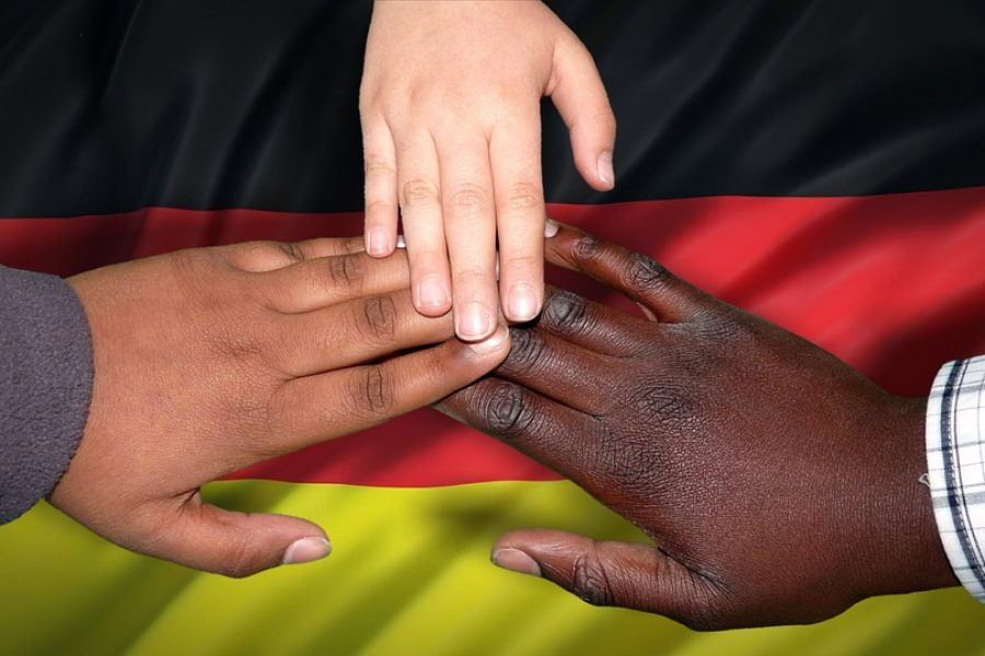 Citizenship and Belonging: an Analysis of Immigrants' Integration Beliefs and Membership Meaning in South-West Germany